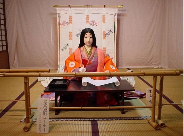 宝鏡寺の春の人形展