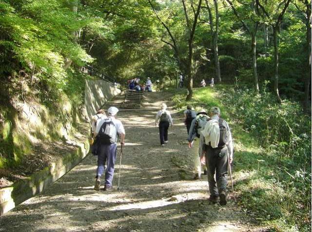 生駒山のハイキング