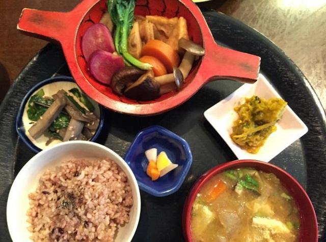 玄米菜食・米の子