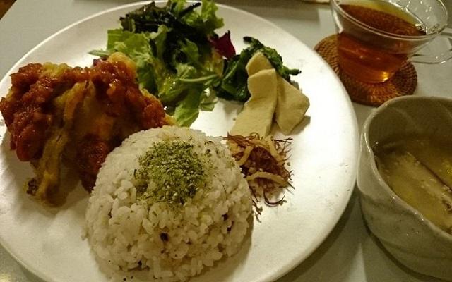 つぶつぶカフェ早稲田店