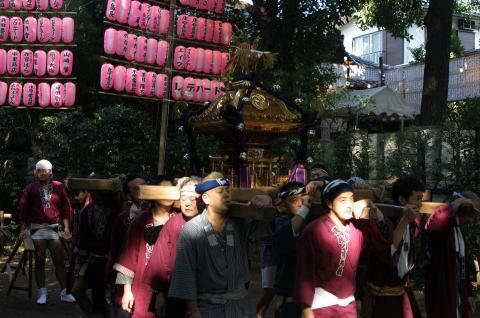 御本社神輿
