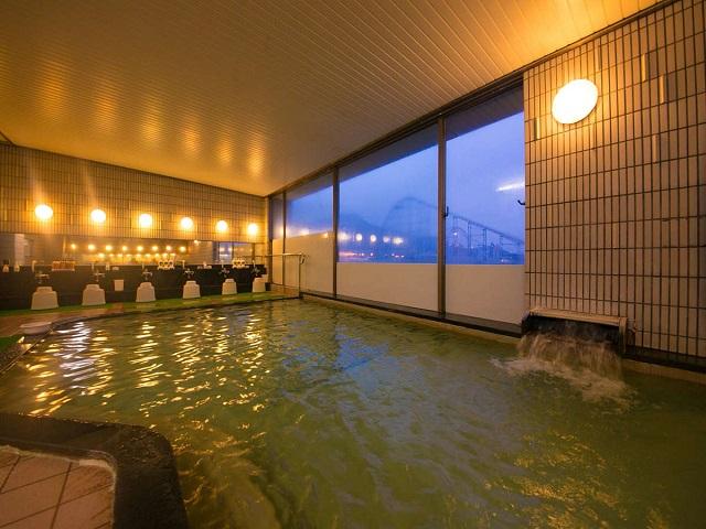 八幡ロイヤルホテル