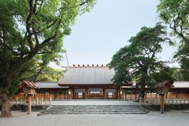 熱田神宮拝殿