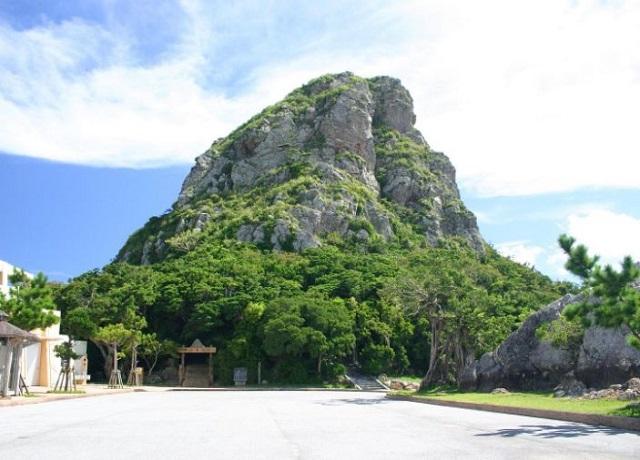 伊江島の城山